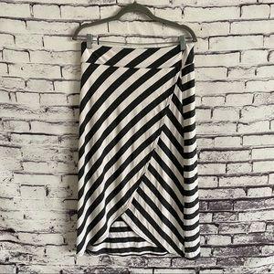 Athleta Ribbon Stripe Open Slit Skirt